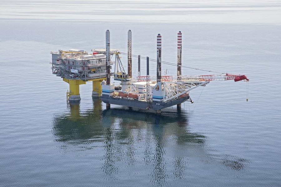 PRESS RELEASE Jack Up Barge supports 'world's first' Combined Grid Solution